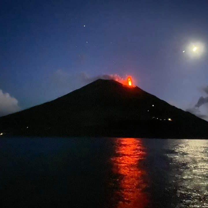 Stromboli erupting